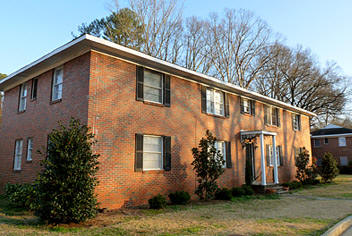 East Glenwood Apartments in Homewood, Alabama