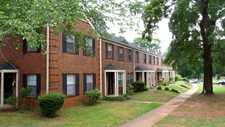 Exterior of Homewood Townhouse Apartments in Homewood, Alabama
